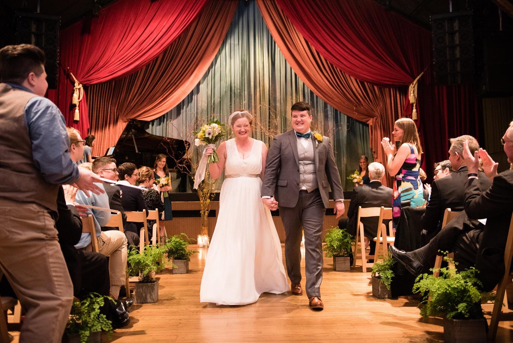 A Spring Wedding at The Barns